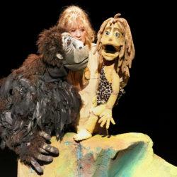 Tarzan poppentheater (6+) (i.s.m. Ooievaarspas) - Ila de Pauw
